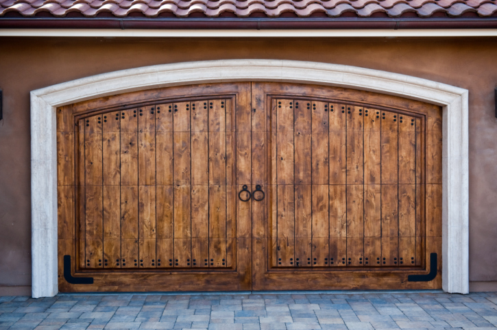 Considering a Major Home Addition? Why a Detached Garage Can Drastically Improve Your Resale Price